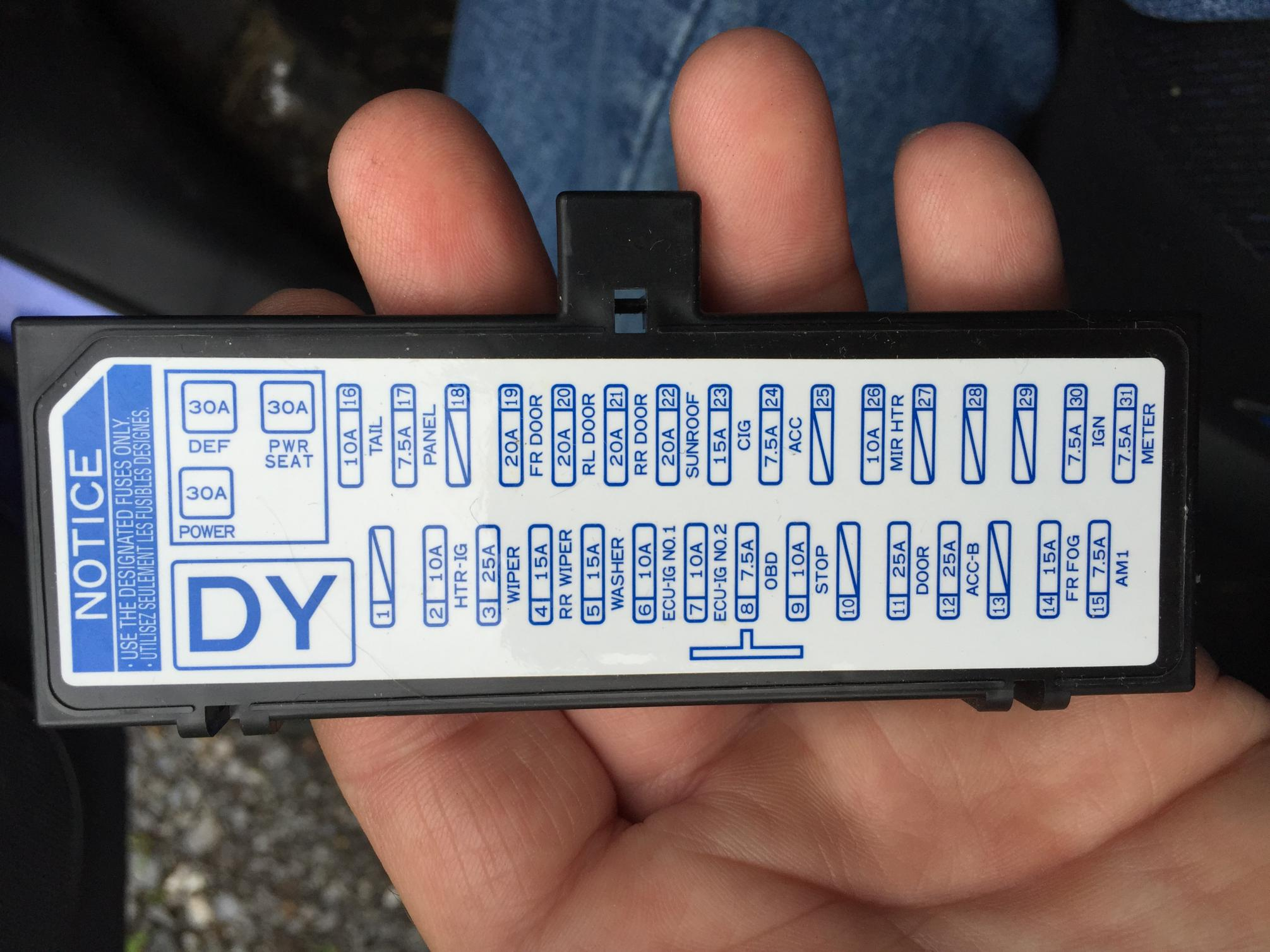 61858d1469362801 fuse location cigarette lighter image fuse location for cigarette lighter? scion xb forum scion xb 2005 fuse box diagram at reclaimingppi.co