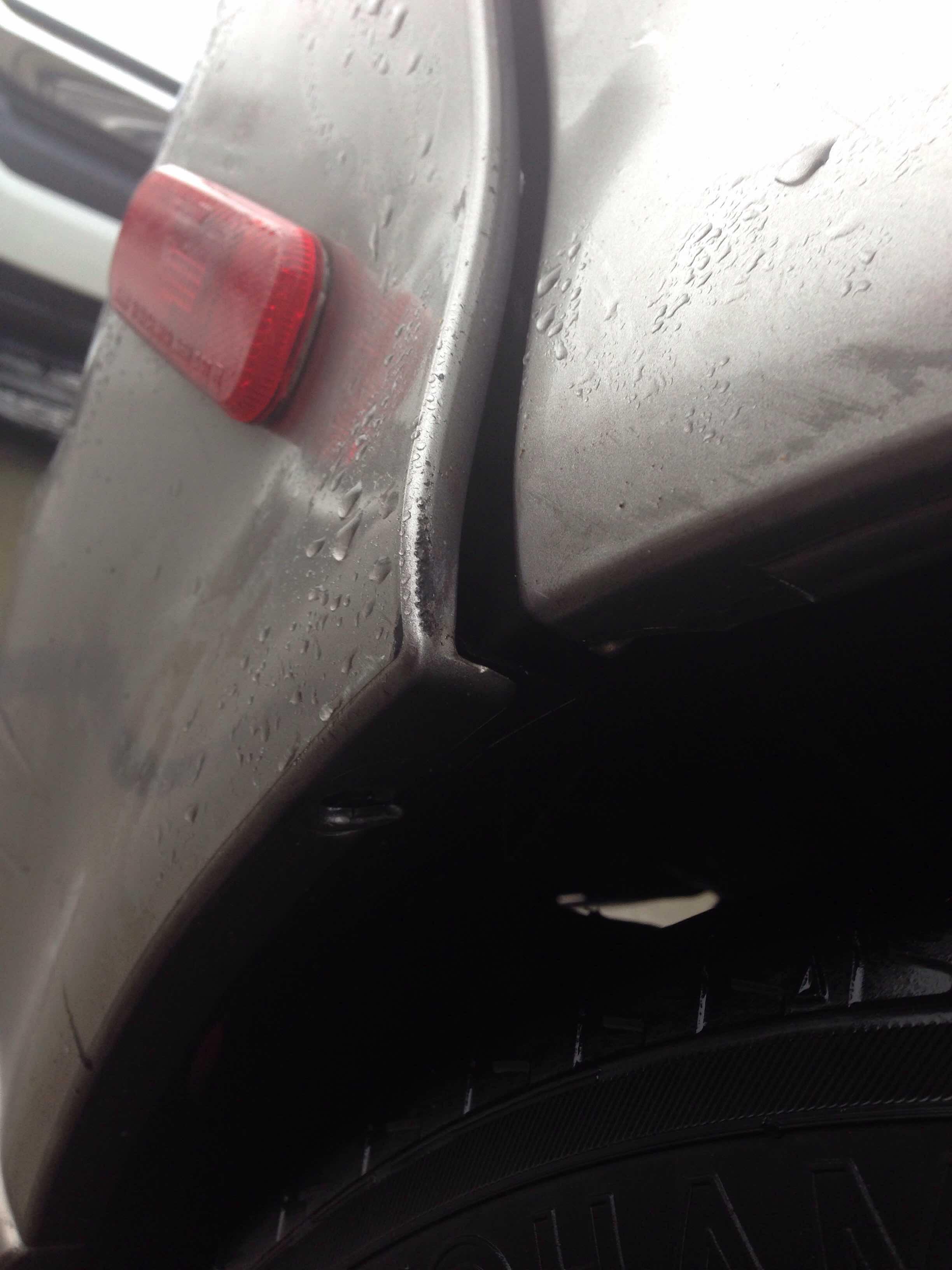 Help...rear bumper pulled-img_5707.jpg