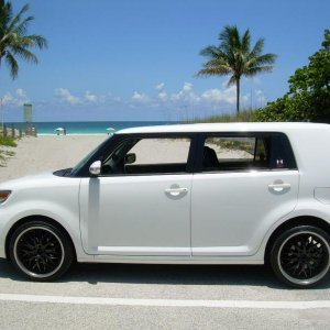 Scion Thebeach  3 323756